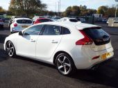 VOLVO V40 1.6 D2 R-DESIGN LUX 5DR !! FULL HEATED LEATHER !! - 611 - 14