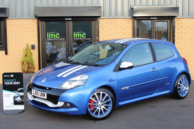 Used RENAULT CLIO in Doncaster for sale