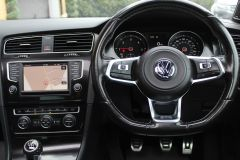 VOLKSWAGEN GOLF  - 1262 - 44