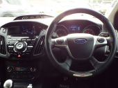 FORD FOCUS 2.0 ST-3 5DR ESTATE WITH SAT NAV / STYLE PACK - 612 - 53