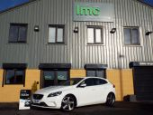 VOLVO V40 1.6 D2 R-DESIGN LUX 5DR !! FULL HEATED LEATHER !! - 611 - 7