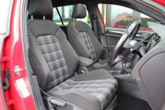 VOLKSWAGEN GOLF  - 1262 - 36