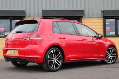 VOLKSWAGEN GOLF  - 1262 - 19